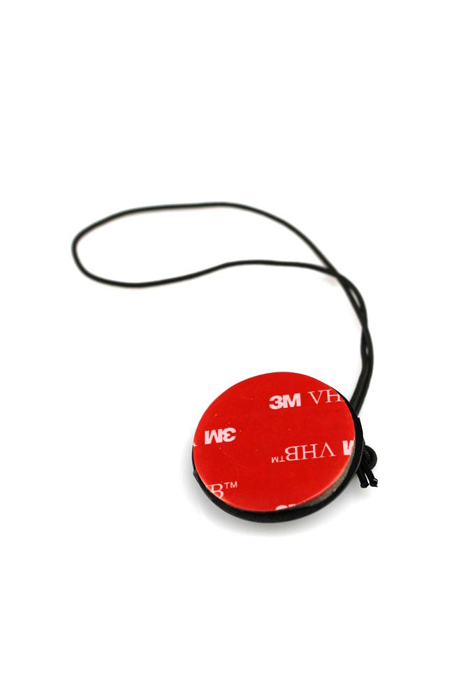 Bezpečnostní držák pro fotoapáráty a GoPro kamery