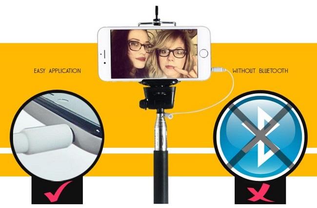 Selfie monopod s kabelem a držákem